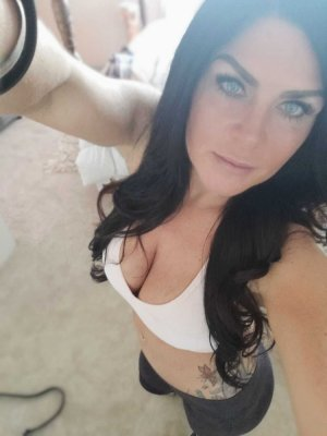 Gertrud adult dating in DeBary and outcall escorts